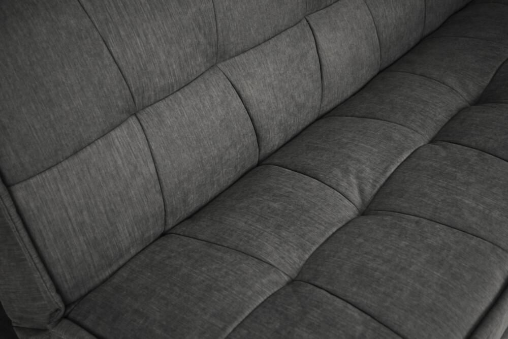 Divano letto clic clac in tessuto vellutato grigio scuro, divano 3 posti mod. Bart Arredo